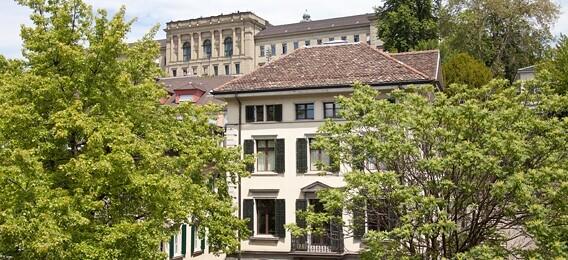 Das Archiv für Zeitgeschichte am Hirschengraben 62 beim Zürcher Central